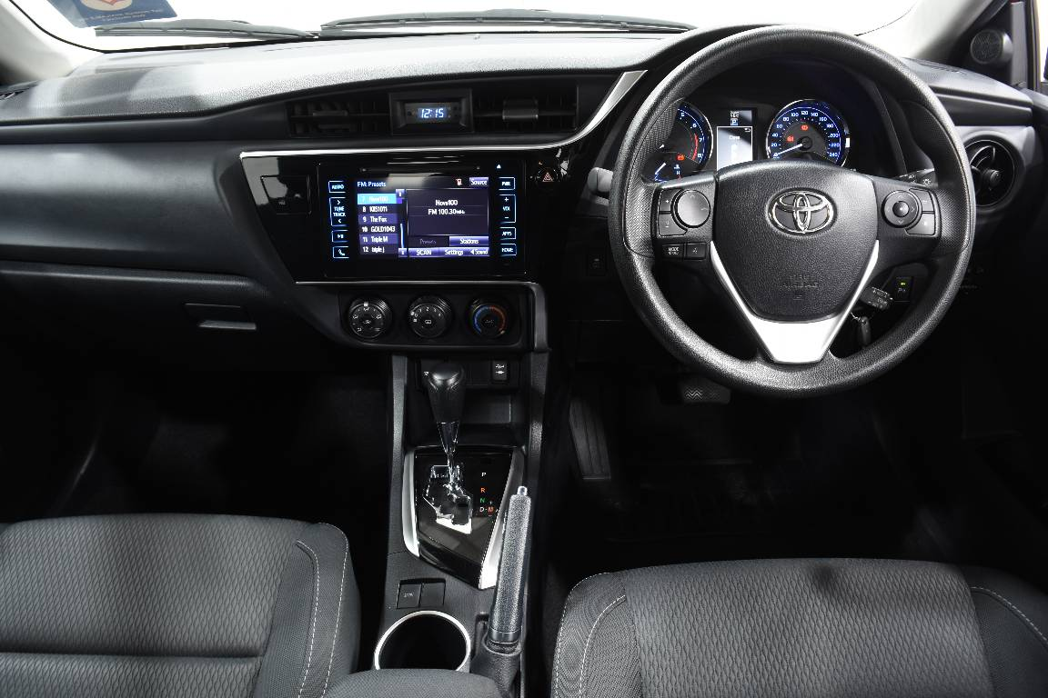 Toyota Corolla Ascent