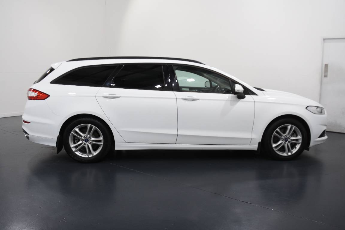 Ford Mondeo Ambiente Pwrshift