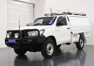 2016 Toyota Hilux Workmate (4x4)
