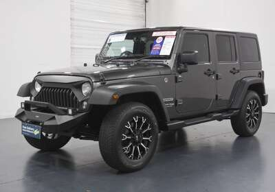 2018 Jeep Wrangler Unlimited Overland (4x4)